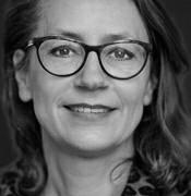 Prof. mr. Linda Senden